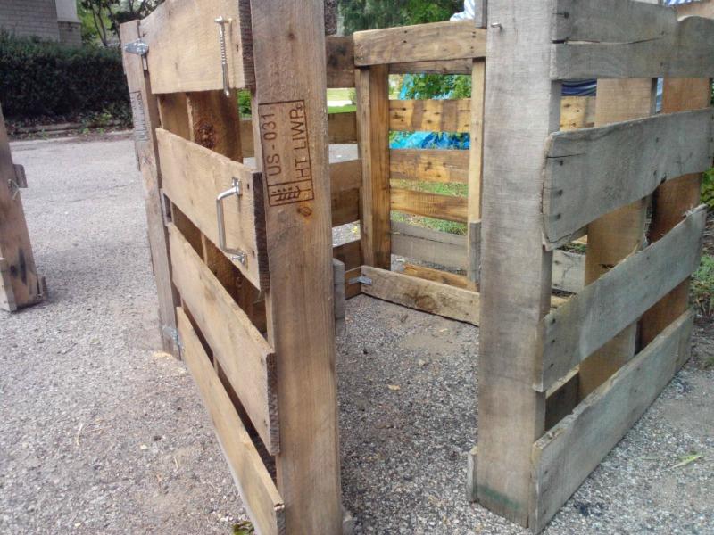 Compost Bins 8