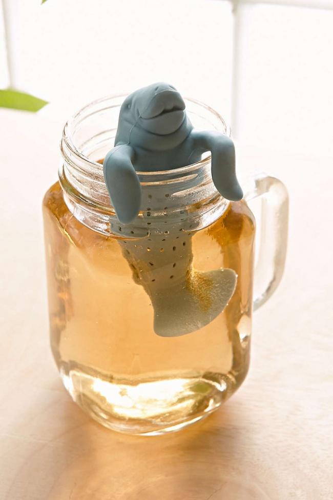 A walrus-shaped tea strainer